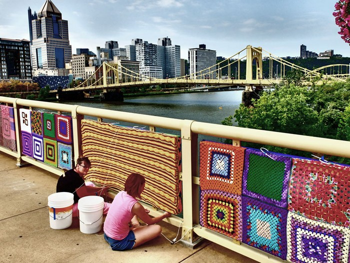 andy-warhol-knitted-bridge-5